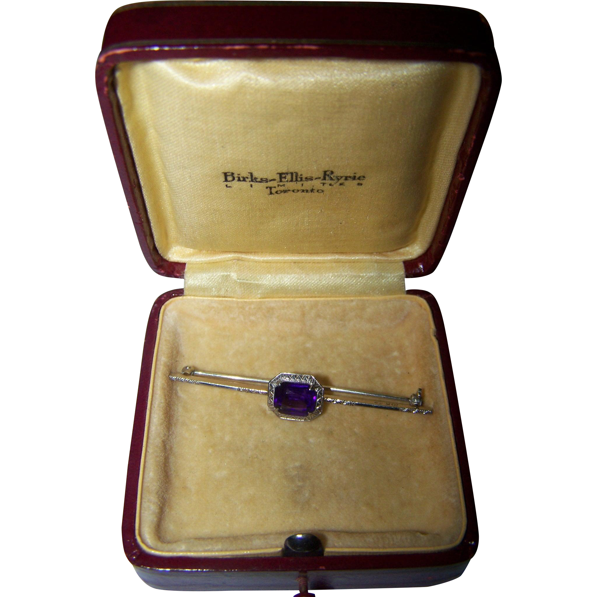 A Vintage Purple Amethyst 10 K White Gold Bar Pin In Original BIRKS Box