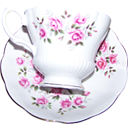 Charming Floral Themed Pink Rose Royal Albert England Tea Cup & Saucer Set