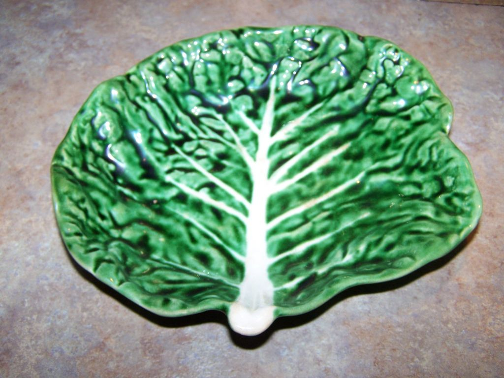 Majolica Style Cabbage Leaf Dish Stamped Secla Portugal