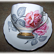 Vintage Pink Rose Floral Motif Tea Cup & Saucer  Royal Vale England