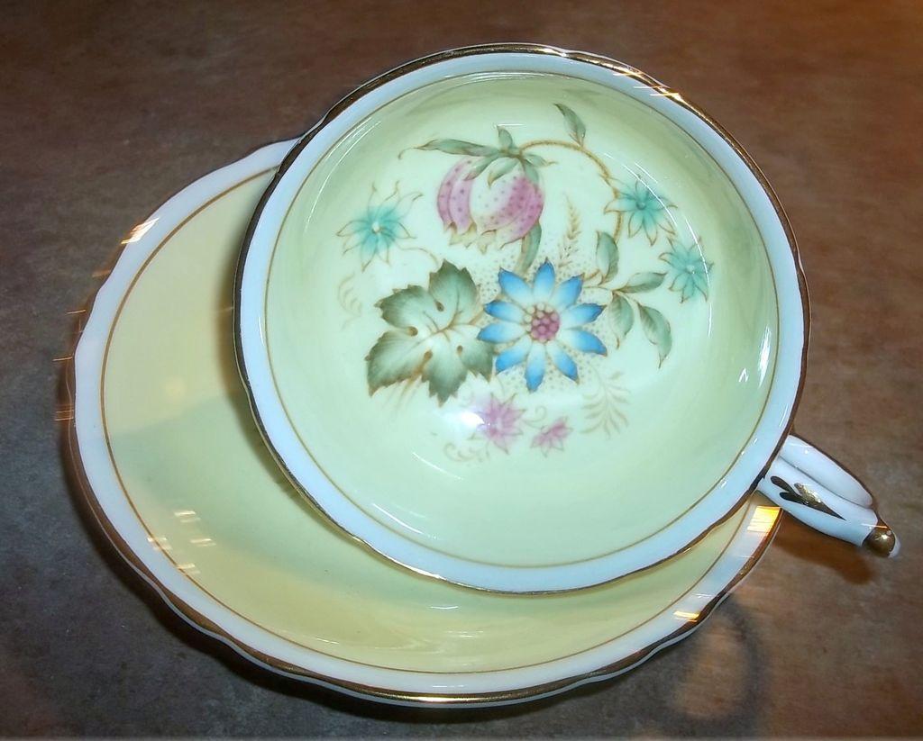 Double Paragon Mixed Floral Tea Cup & Saucer