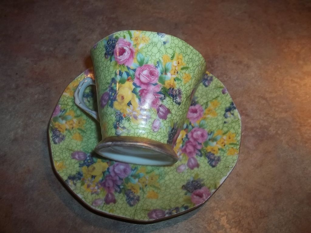 Cheerful & Colorful Mixed Floral Chintz Tea Cup & Saucer MIJ