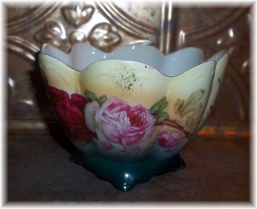 Vintage Decorative Porcelain  Roses Floral Bowl Made In Germany