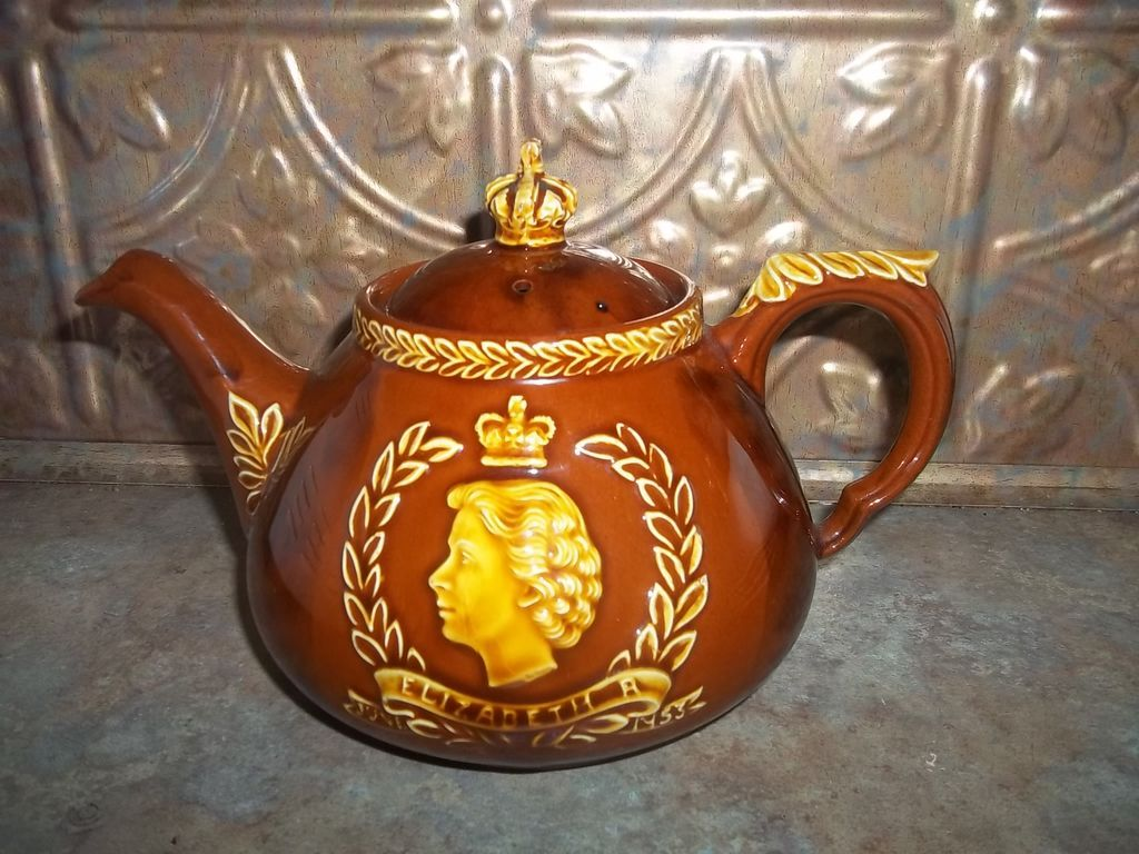 Vintage Coronation Royalty Teapot Dartmouth Pottery