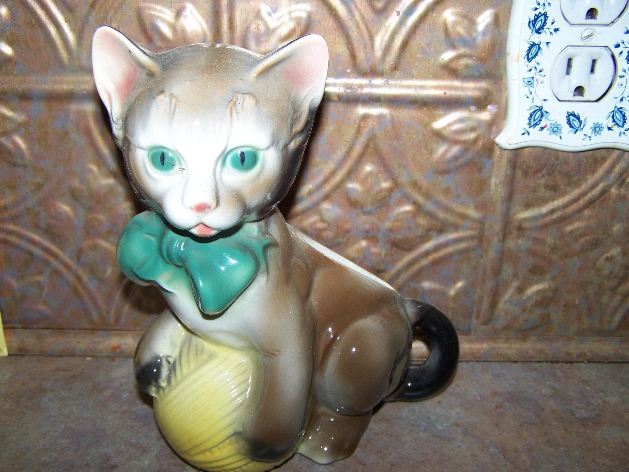 Cheerful  1950's Royal Copley Pottery Cat With Yarn Planter