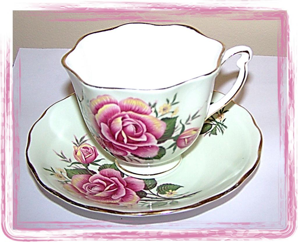 1940's Colclough Tea Cup & Saucer Pink Roses / Pale Green