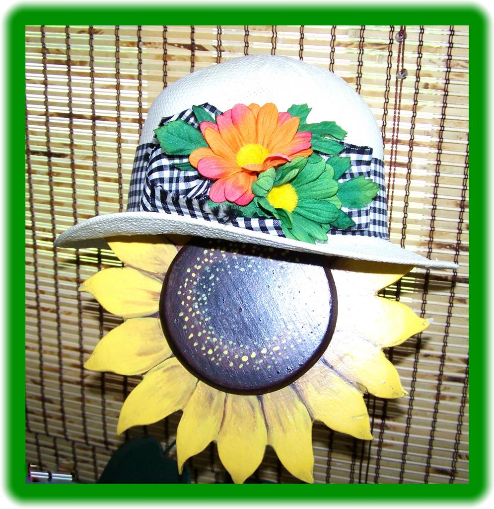 Kates boutique canada vintage 1970 39 s straw hat from for L furniture warehouse victoria bc