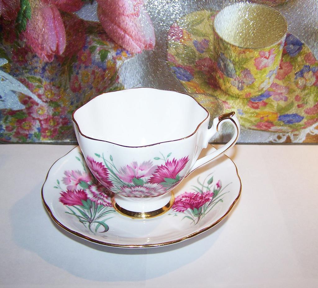 Carnation Floral Tea Cup & Saucer England