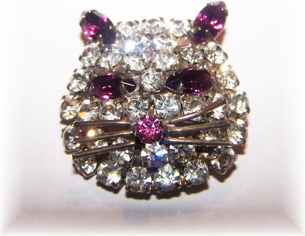 Pussy Cat I Love You Sweet Vintage  Rhinestone Cat Face Pin / Brooch