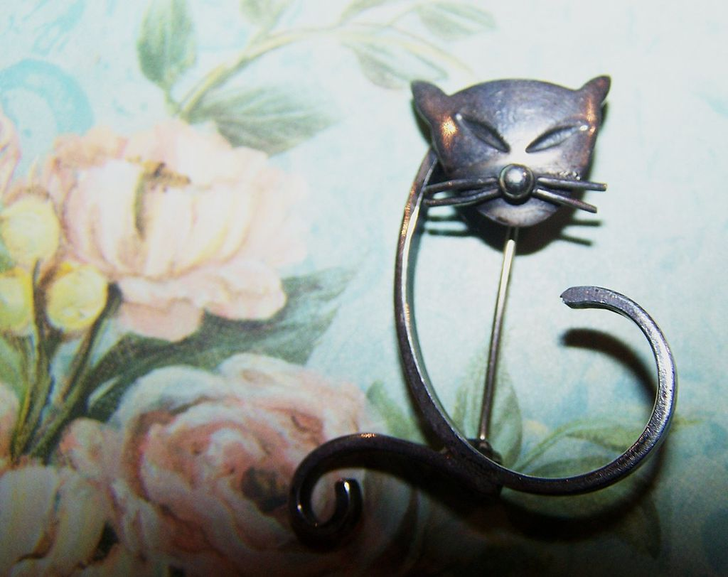 Modernist Vintage Kitty Cat  Brooch Stamped Sterling CHC EN Mexico