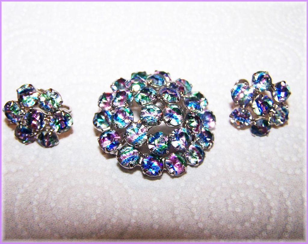 Stunning Iris / Rainbow Rhinestone Brooch & Earring Demi-Parure
