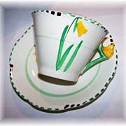 Deco Style Ivoreen China Wood's Handcraft Floral  Daffodil Motif H.P Tea Cup & Saucer