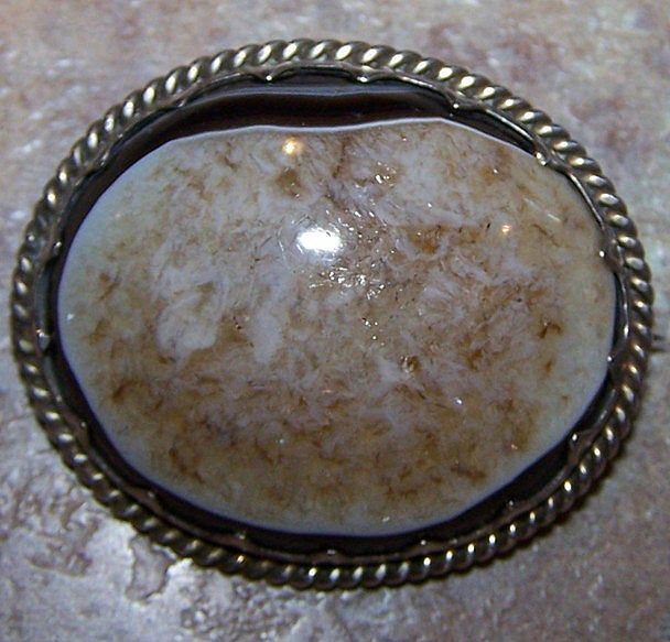 Victorian Era Polished Agate Geode Brooch / Pendant
