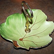 Royal Winton Grimwades England Green Leaf Tid Bit Server