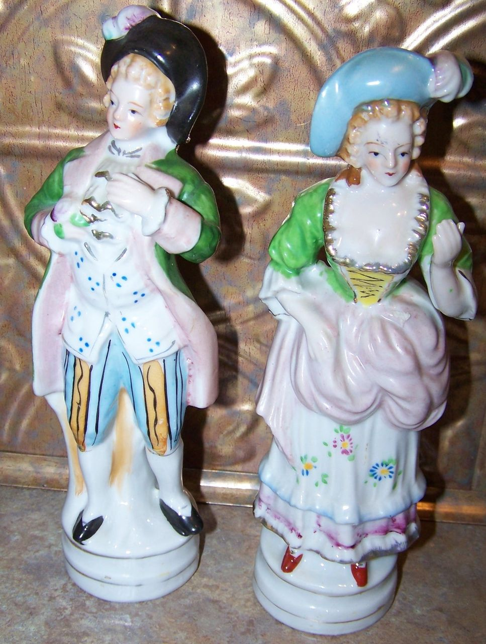 Copyright L&M Inc Vintage Colonial Couple Ceramic Figurine Set