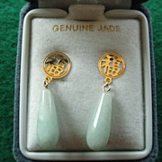 Apple Green Jade Earrings 10 K Yellow Gold