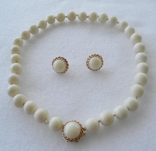 White Coral Demi-Parure 14K Choker & Earrings