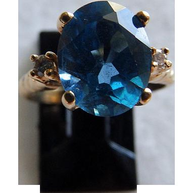 14K Yellow Gold Blue Topaz & Diamond Ring