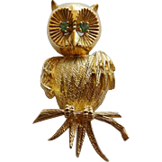 Vintage 18K YG Owl Brooch With Emeralds