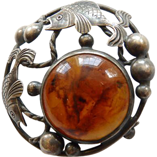 Vintage Sterling & Amber Brooch/Pin With Two Fish