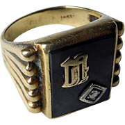 Vintage 14K YG Onyx & Diamond Initial Ring