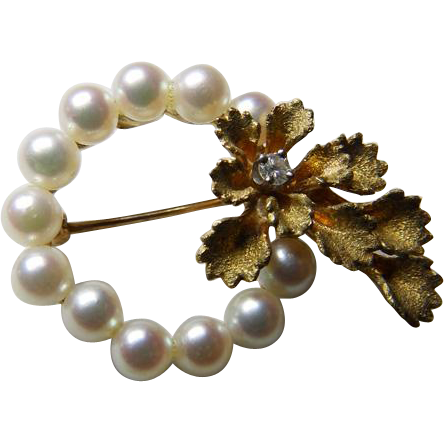 14K YG Cultured Pearl Brooch/Pin With Diamond