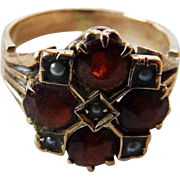 Antique Victorian 14K Garnet & Seed Pearl Ring