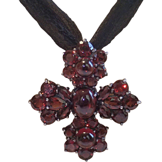 Estate , Vintage Garnet Cross In Sterling