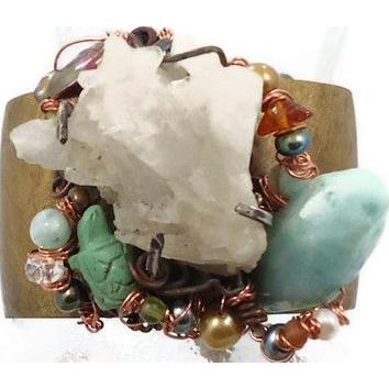 Quartz crystal & beaded cuff bracelet - Mermaid Treasure - Pearls aquamarine - Forged brass - InVintageHeaven