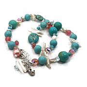 Mermaid Turquoise Howlite & Pearl Necklace - Beaded Statement Piece - InVintageHeaven