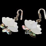 Shell Earrings, Mother of Pearl, Vintage Earring, Flower, Beach Jewelry, Mermaid Jewelry, Long Dangle, Pierced, MOP, Bohemian