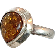 Amber Ring, Sterling Silver, Vintage Ring, Tear Drop Shaped, Size 9, Honey Amber, Vintage Jewelry, Modern, Contemporary, Baltic Amber