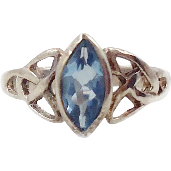 Blue Ring, Sterling Silver, Faux Topaz, Marquise, Irish Celtic Knot, Size 4, Vintage Jewelry, Vintage Ring, 925, Irish Jewelry