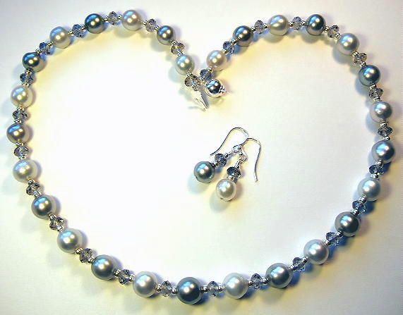 South Sea And Tahitian Pearls Necklace And Earrings
