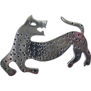 ICONIC Taxco Mexico 1980s Handwrought Signed Sterling Silver Pre-Columbian Aztec Tribal Cat JAGUAR BROOCH