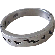 Vintage PETROGLYPH ART RING 1970s .925 Sterling Silver Artisan Handwrought Carved Cutout Pierced Band with Diamond Chip Insets