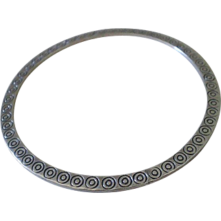 """Unusual HOB Signed Mexican Mid-century Handcrafted .925 Silver """"Dimpled Dot"""" Disc Style FLAT BANGLE BRACELET"""