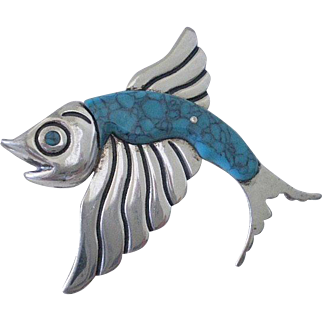 Highly Collectible Miguel Garcia Martinez & Hnos. G.S. Mid-century TAXCO Mexico Sterling Silver Turquoise Gemstone FLYING FISH BROOCH