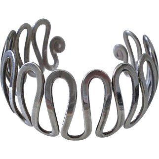 SPLENDIDLY SPRINGY Mid-century Modernist Handmade Sterling Silver WAVE CUFF BRACELET ~ 38 Grams