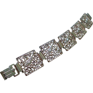 "Dazzling 1950s MID-CENTURY GERMANY Goldtone Eloxal Aluminum Openwork ""Under-the-Sea"" FISH BRACELET"