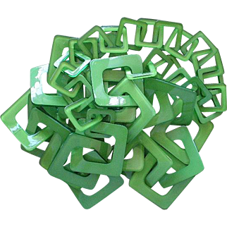 "OUTSTANDING 1970s Italian Postmodern Lime Green Lucite Resin Interlocking Geometric Square Multilink RUNWAY NECKLACE ~ 36"" Long"