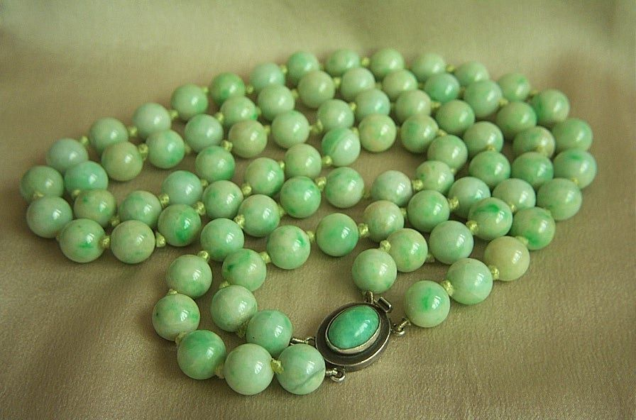Estate chinese 2 strands jadeite jade beads necklace with