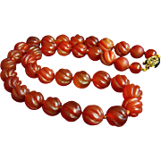 """Fabulous Vintage Chinese Carved Swirling Carnelian Beads Necklace 19""""  73.5 g"""