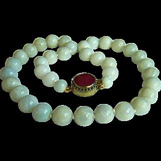 """Stunning Vintage Large Jadeite Jade Bead Necklace 23"""" 159.2 g"""