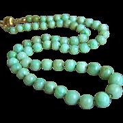 "Fabulous Vintage 14K Natural Jadeite Jade Beads Necklace 19""  31g"
