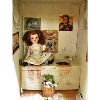 Mignonette In Miniature Two Seater Out House Doll Diorama