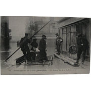 RPPC Of Raft In Flood In Paris, January 1916