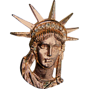 Gold Tone Statue of Liberty Pin / Brooch With Rhinestones