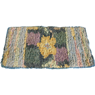 Doll House Hooked Rug ~ Flowers & Stripes