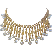 Vintage Coro Gold tone and Simulated Pearl Necklace